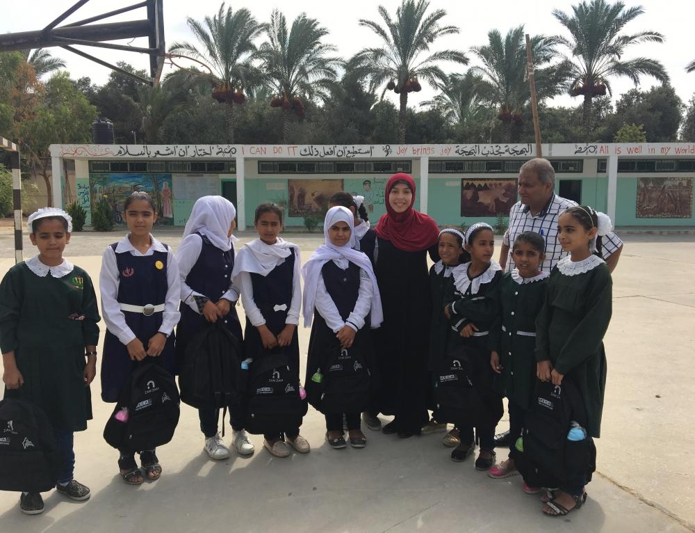 VIDEO: Backpacks for children in Gaza